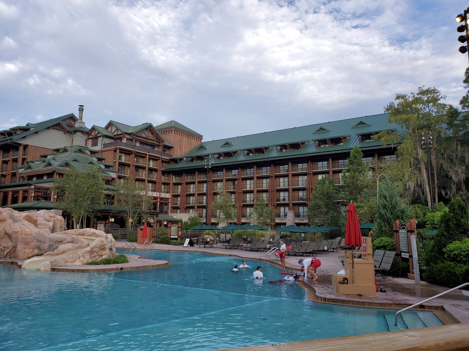 Disney's Wilderness Lodge Resort pool